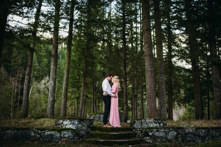 chilliwack lake road engagement session